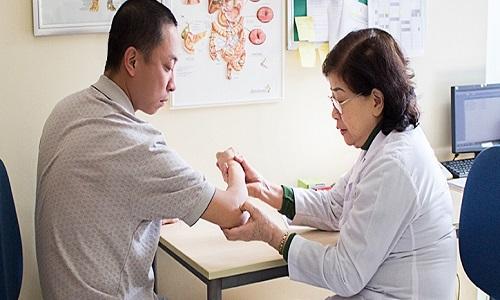 Người bệnh phải thăm khám sớm để điều trị bệnh dễ dàng và hiệu quả