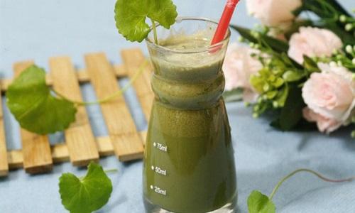 Nước rau má là một loại đồ uống rất quen thuộc